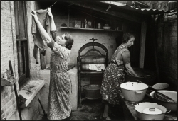 Stepney Washer Women Photograph