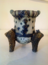 no. 47 Pot on Three Legs Ceramic